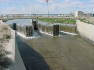 Figure 8: Folding Weir and Intake